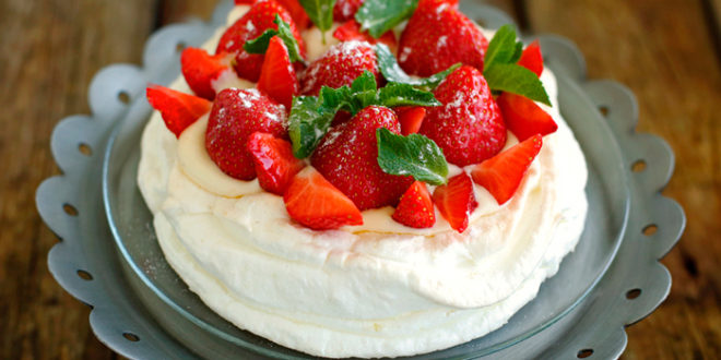 Tort-pavlova1